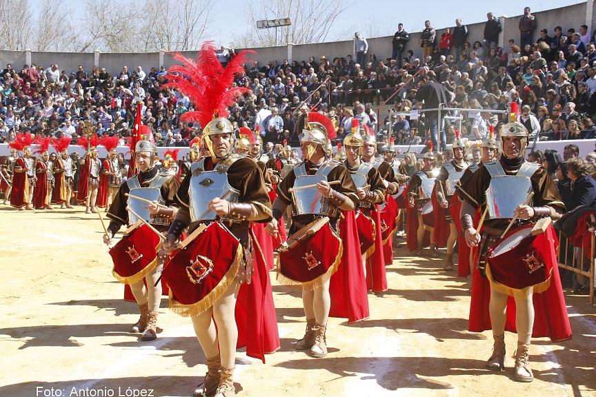 La Compañía Romana de Moral de Calatrava celebra su 140 Aniversario organizando la I concentración de Centurias Romanas