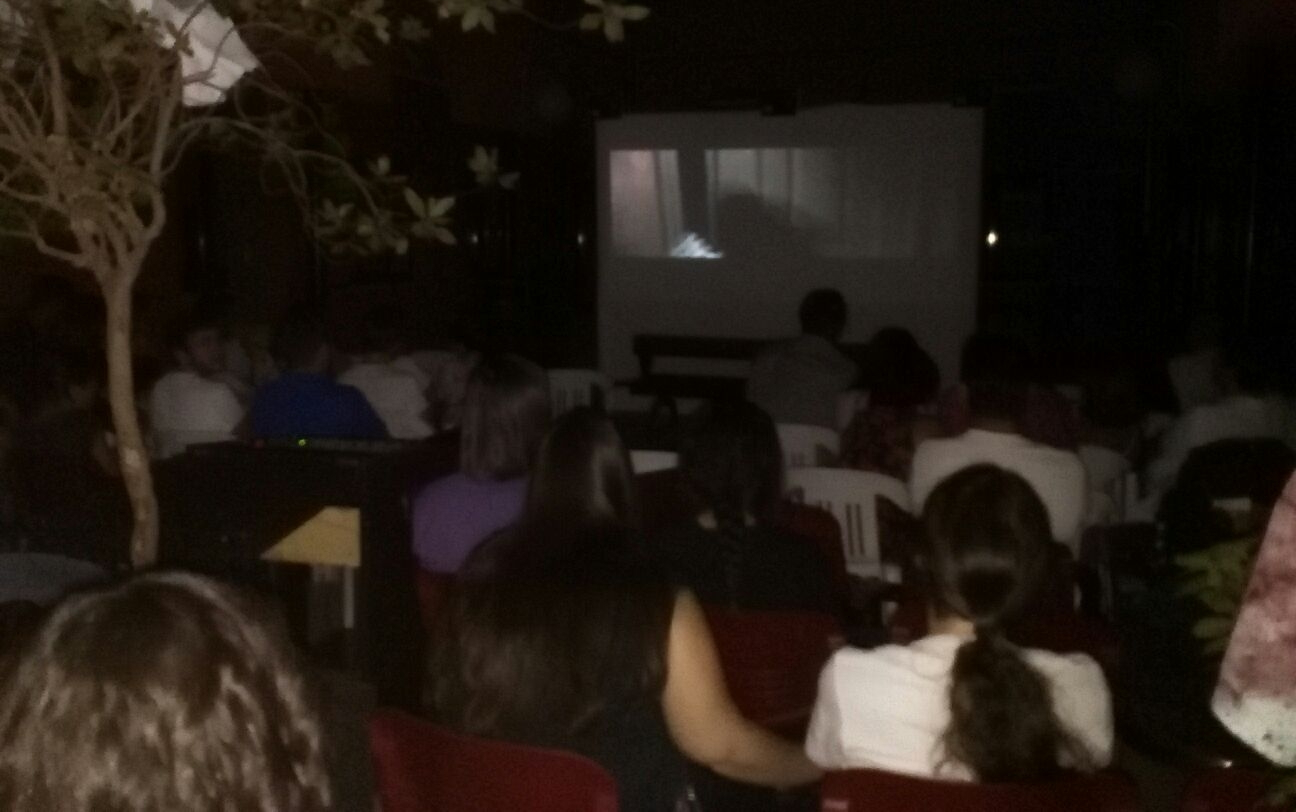 Más de medio centenar de 'valientes' acudieron al maratón de cine de terror