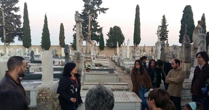 Más de un centenar de personas asistieron a las rutas turísticas sobre la cultura funeraria