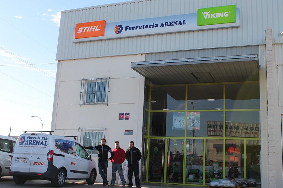 Ferretería Arenal abre un nuevo centro en Manzanares