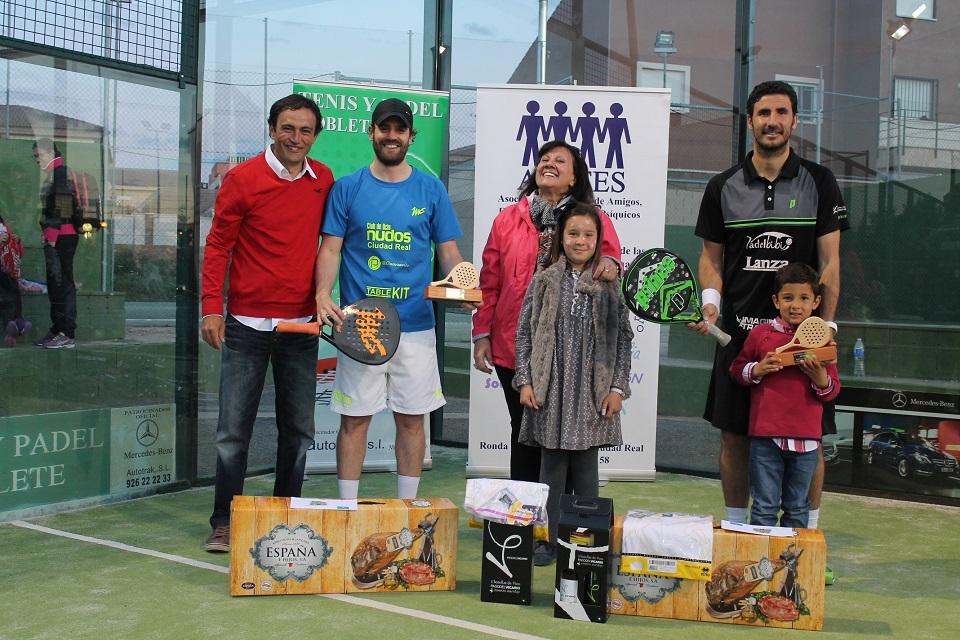 Torneo de pádel en favor de APAFES - Ganadores masculino