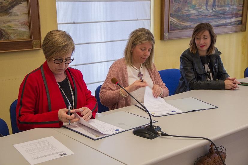 Ayuntamiento y FISLEM renuevan el convenio de colaboración del CRPSL