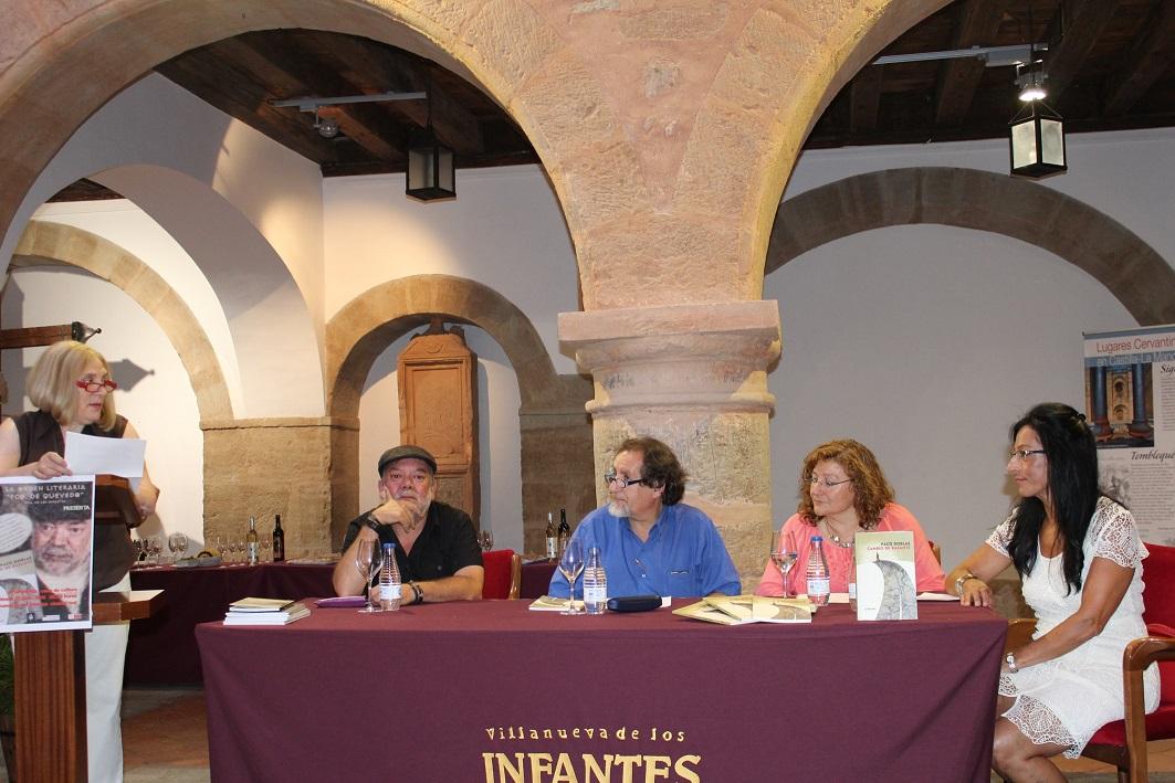 El poeta malagueño Paco Doblas presenta en Infantes su libro 'Cambio de Rasante'