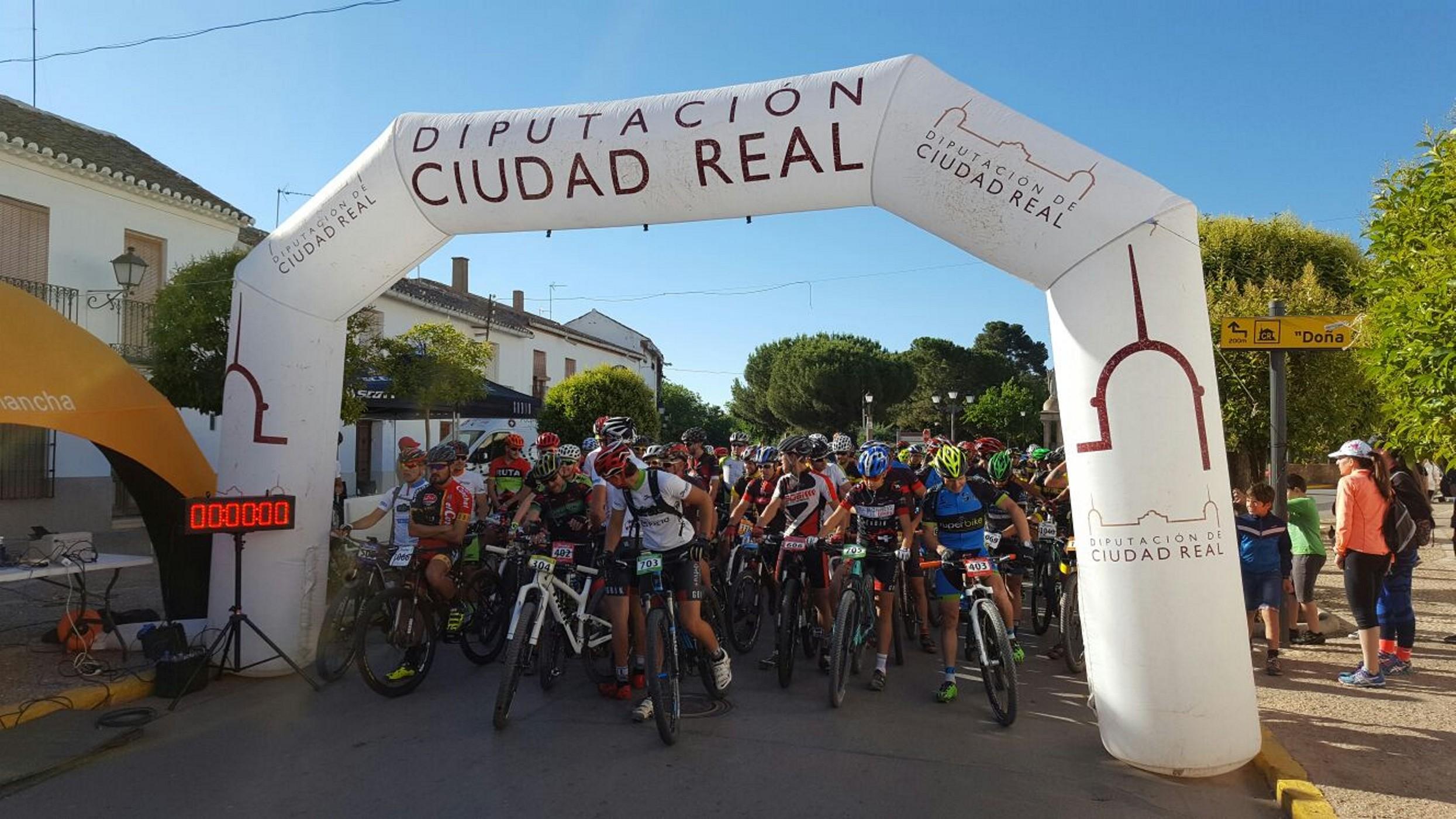 Antonio Ximénez vuelve a ganar el Maratón BTT del Quijote