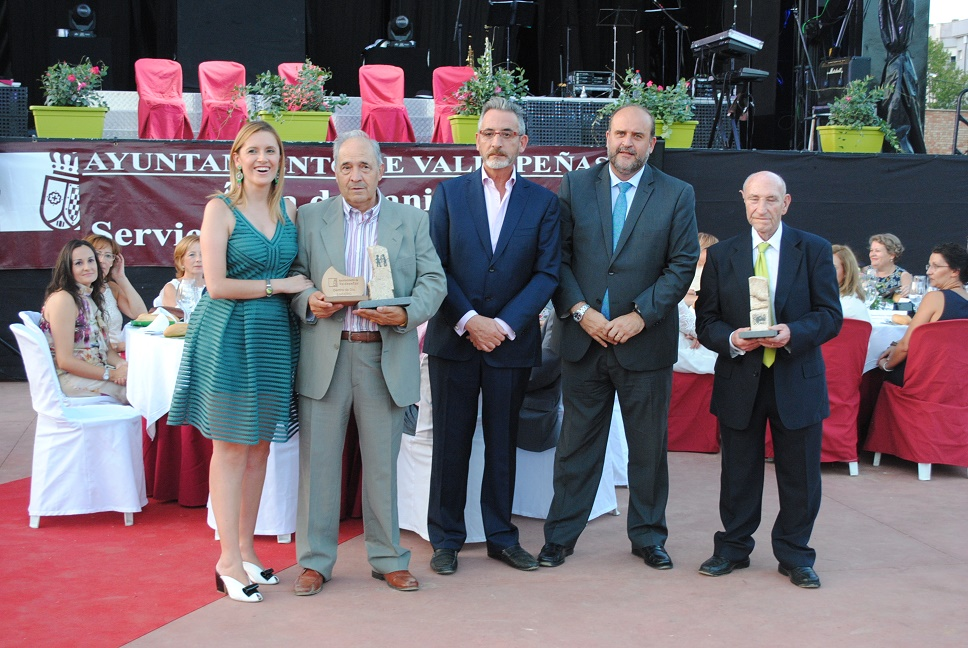 Valdepeñas celebra el tradicional Homenaje a los Mayores de las LXIII Fiestas del Vino