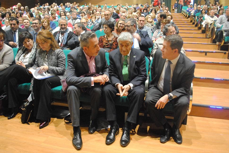 Page y Martín asistieron en Valdepeñas al XXII Encuentro Regional de Familias con Personas con Discapacidad