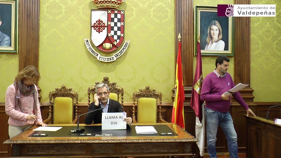 'Mannequin challenge' del Ayuntamiento de Valdepeñas contra la violencia de género