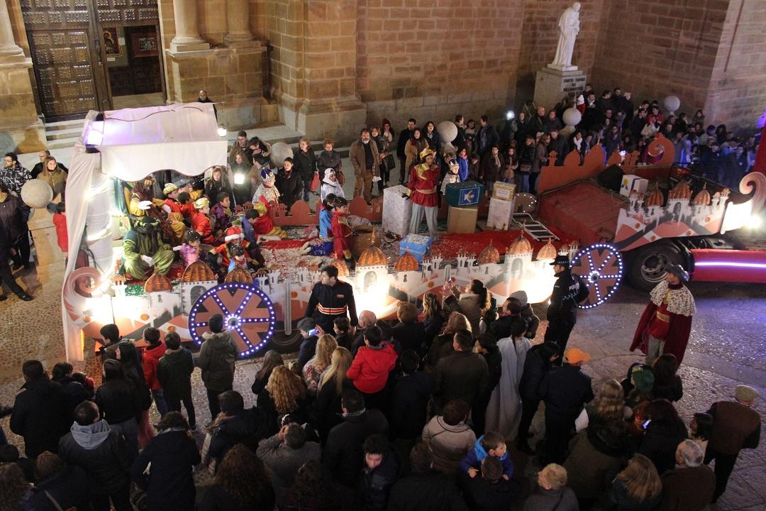 Noche mágica en Villanueva de los Infantes con la llegada de los Reyes Magos de Oriente