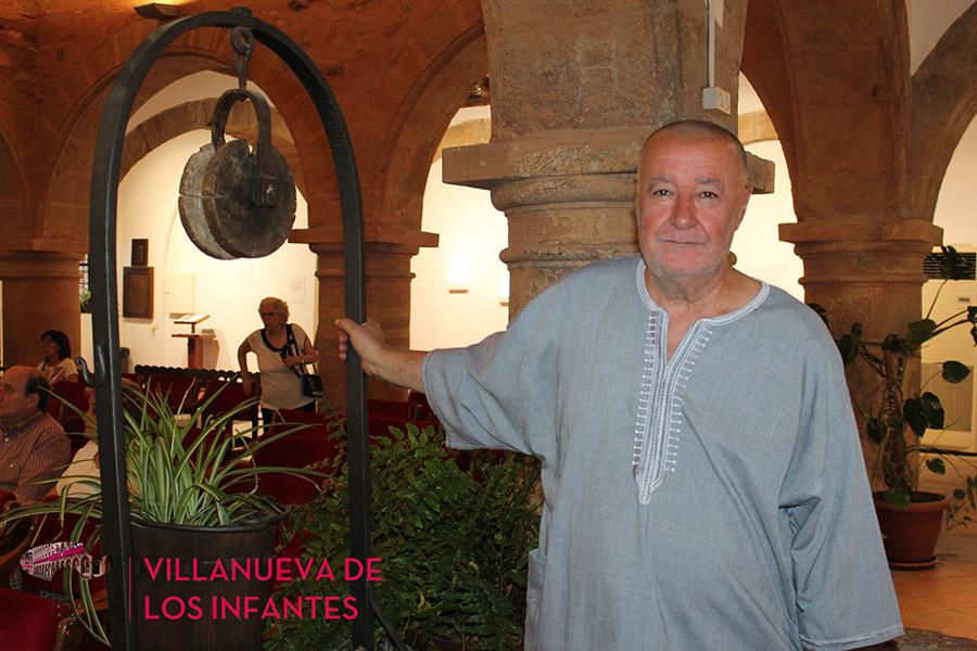 Dionisio Cañas presentó el libro de poemas 'La noche de Europa' y el documental 'Soy yo'