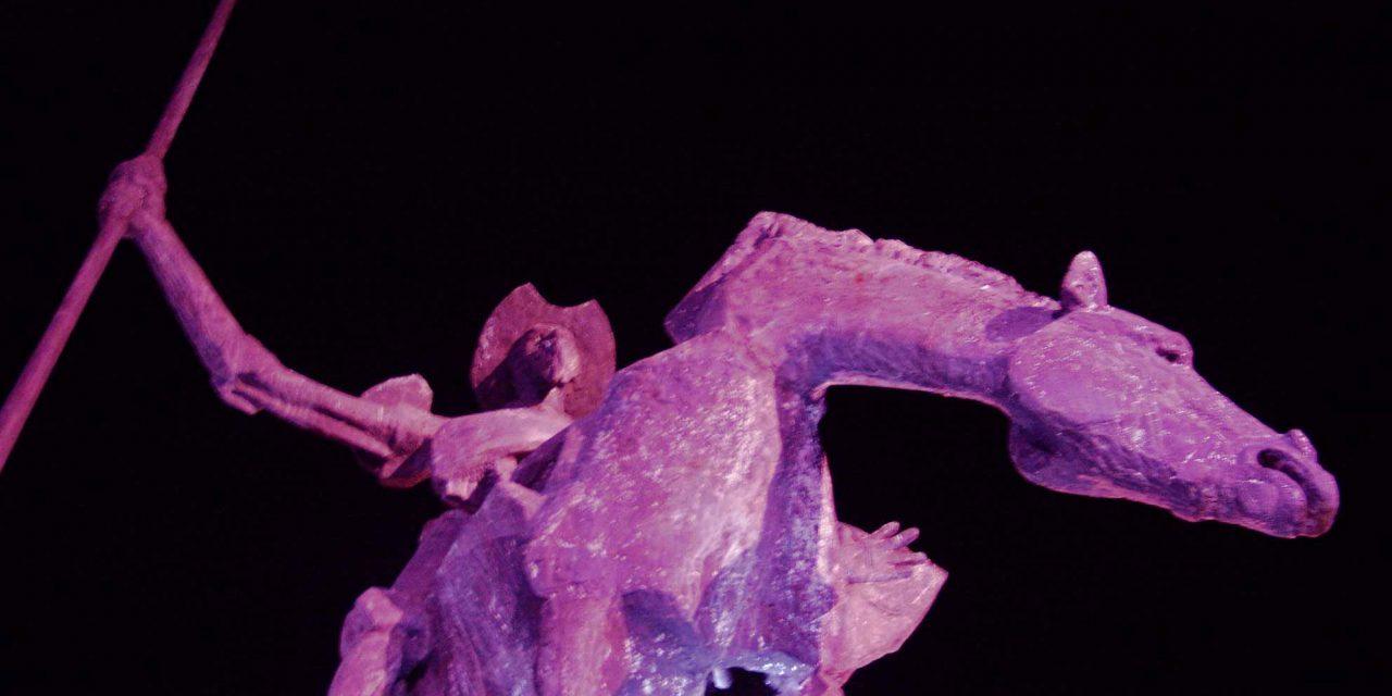 La Casa Consistorial y El Quijote se iluminarán de rosa para concienciar sobre el cáncer de mama