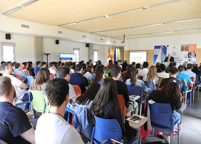 El Vivero de Empresas estrena una página web integral que potencia el desarrollo empresarial en Manzanares