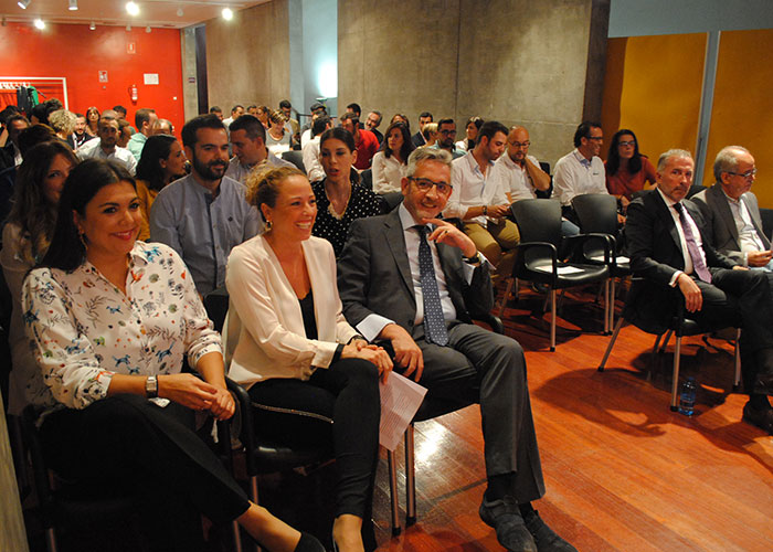 Valdepeñas lidera en la región con un 16% de jóvenes emprendedores