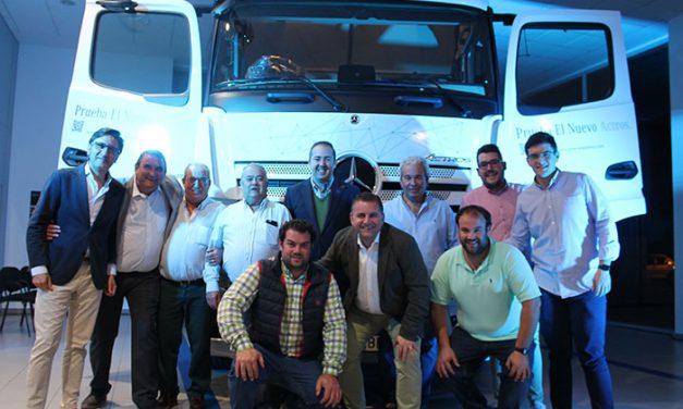 Eje Occidental de Camiones presentó el nuevo Mercedes Actros