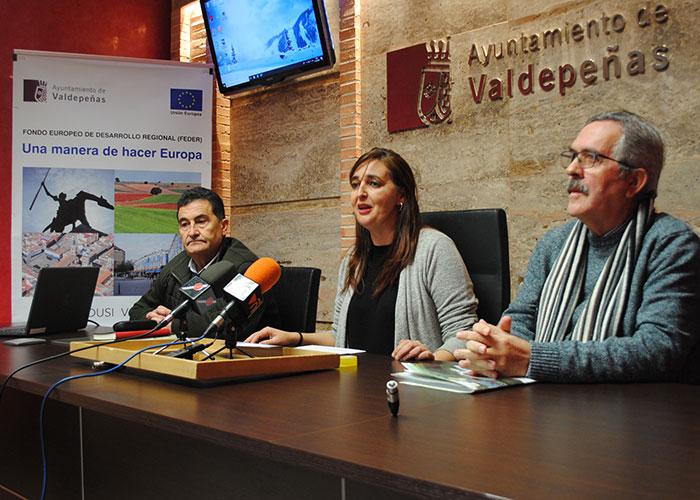 'Compra en Valdepeñas' y 'Valdepeñas te regala Navidad', campañas para potenciar el comercio local