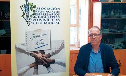 Lorenzo Delgado Alarcón, presidente de la Asociación  de Empresarios de Industrias Vitivinícolas de Ciudad Real