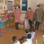 La vuelta a clase ha llegado con 'chuches' para los escolares manzanareños