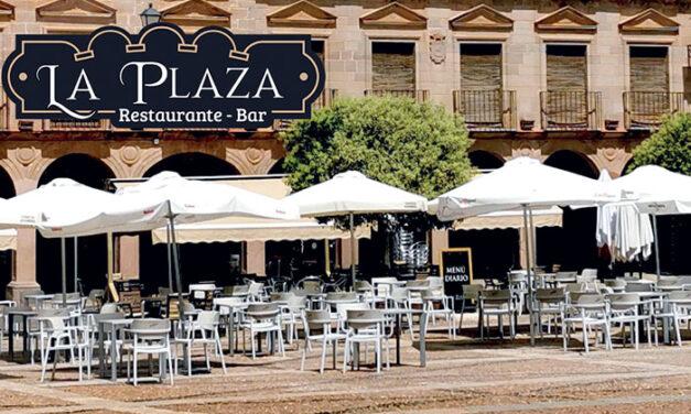 Restaurante La Plaza 40 (Villanueva de los Infantes). Un lugar inmejorable en un marco incomparable